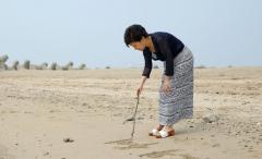 박근혜, 900일 만에 외출…왼쪽 어깨 수술차 입원