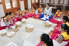 수원문화재단, 수원전통문화관서 '어린이 수라학교 수원별궁' 선보여