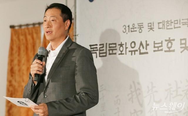[NW포토]인사말하는 송호섭 스타벅스 대표