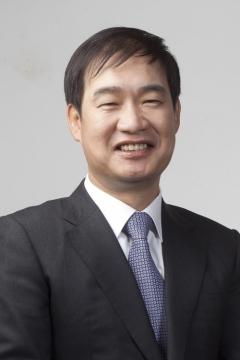 유창수 유진투자증권 부회장, 15억5000만원 수령