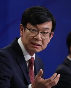 """김상조 """"경제 악순환 막으려면 확장재정 정책 펴야"""""""