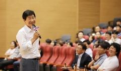 """이동훈 삼성디스플레이 대표 """"우리는 전진 중""""…사내 소통 행보"""