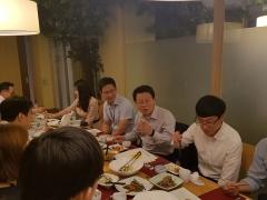 김광수 농협금융 회장, '청년이사'와 깜짝 점심 미팅