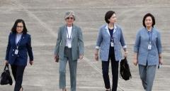 문 대통령, 이번 순방에 여성장관만 대동한 이유?