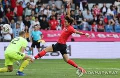 한국-조지아 평가전, 2-2무승부…황의조 후반 2골 기록