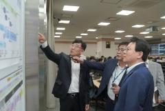 김광수 농협금융 회장, 추석 앞두고 통합IT센터 방문…비상운영계획 점검