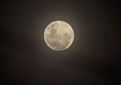 전국 맑은 가운데 '보름달' 휘영청…일교차는 커
