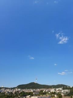 전국 구름 많고 일교차 커…일부 동해안 비소식