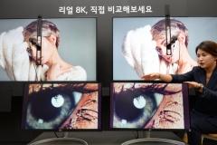 삼성 vs LG, 고화질 8K TV 진흙탕 싸움…결국 전면전