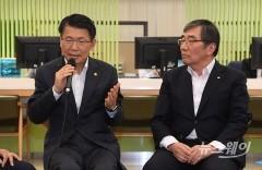 '정중동 휴가모드' 금융당국…하반기 '대형 이슈' 대책 마련 부심