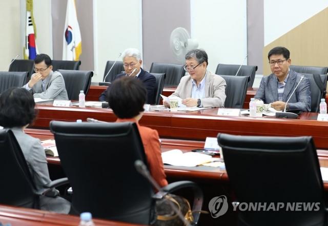 """통계청 """"2017년 9월이 최근 경기 정점""""…하강 24개월째"""