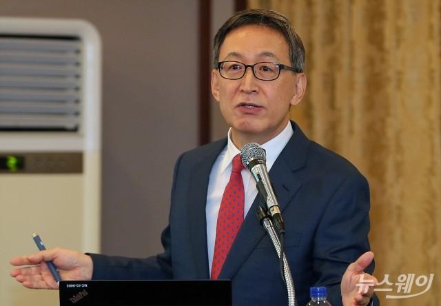 [stock&피플]주가 폭락하는데 자사주 매입 여력 없다는 김선영 헬릭스미스 대표