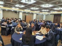 인천시교육청, `옆에서 옆으로 민주적 공동체로 성장하는 학교 현장 토론회` 개최