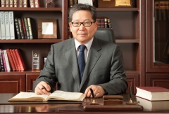 25년간 한샘 이끈 '가구왕' 최양하 회장 퇴임