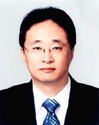 LG, '자동차' 전문가 중용?…수익 악화에도 굳건한 김진용 부사장