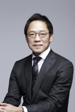 """""""어머니 유산 달라"""" 정태영 현대카드 부회장, 동생들 상대 소송"""