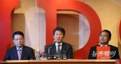 '위기경영' 나서는 정몽규 HDC 회장