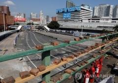 '불안한 평온' 홍콩시위 소강상태…일부 도로 통행 재개