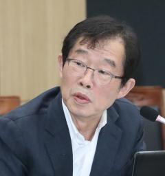 이용득, 이철희·표창원 이어 민주당 3번째 불출마 선언