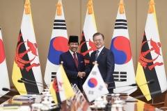 문 대통령·볼키아 국왕, ICT·스마트시티 협력 논의(종합)