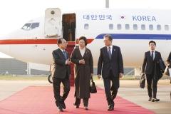 文, 집권 중반 신남방정책 본격화…한-아세안 특별정상회의 오늘 개막