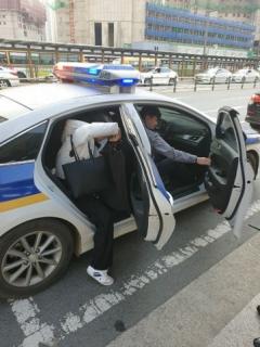 SR, 열차 지연으로 입실 촉박한 수시 수험생들 경찰과 협력해 긴급 수송