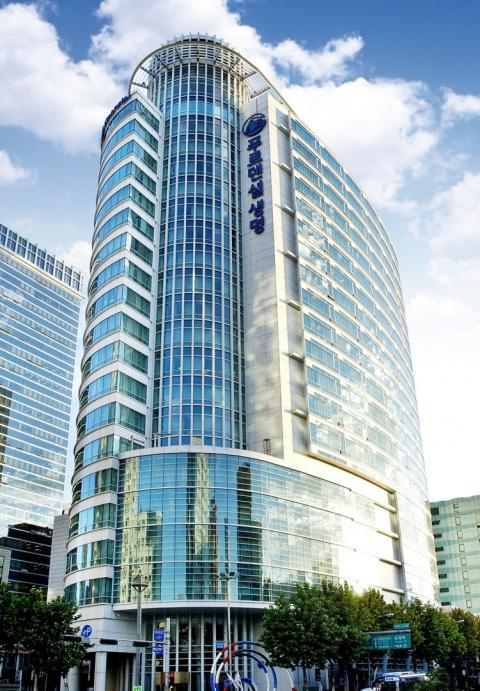 푸르덴셜생보-KB골든라이프, 시니어케어 업무협약 진행