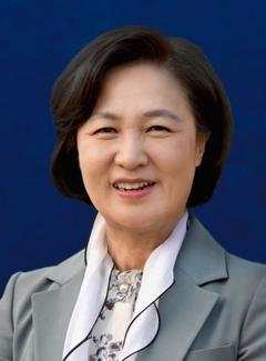 文 대통령, 법무부 장관에 추미애 민주당 의원 지명