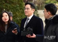길어지는 이재용 재판…경영리스크 떠안은 삼성