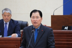 """신우철 군수 """"해양치유산업 추진, '모두가 잘 사는 미래완도' 건설"""""""