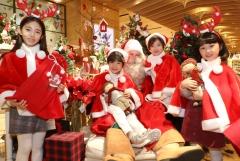 롯데百, 핀란스 공식 산타 방문 크리스마스 이벤트 진행