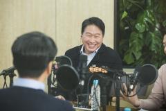 SK, 200개 기업에 인센티브…최태원 주도 '사회적가치연구원' 재조명