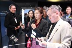 하현회 LGU+ 부회장, CES서 '디지털 전환' 전략 가속화