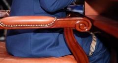 추미애, 청문회서 다리에 스카프 묶은 사연?