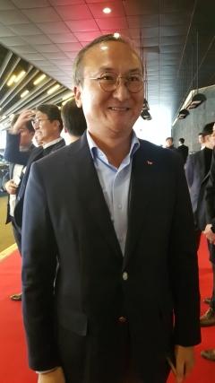 """이석희 SK하이닉스 사장 """"재고 건전화 중…올해 업황 작년보다 희망적"""""""