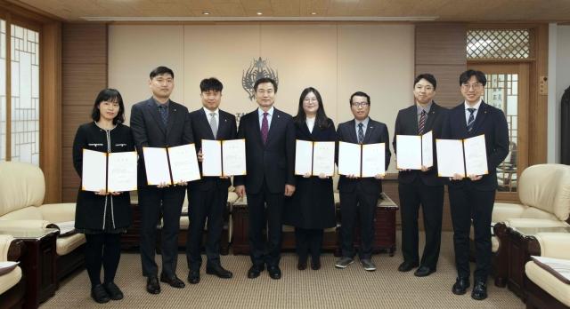 전북대, 대학발전 이끌 신임교수 8명 임용