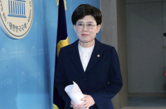 """한국당 최연혜 불출마 선언…""""현 상황에 책임 느껴"""""""