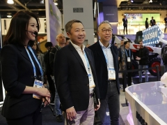 [CES 2020] 박정원 두산 회장, 美시장 첫 진출 청신호···'자신감' 가졌다