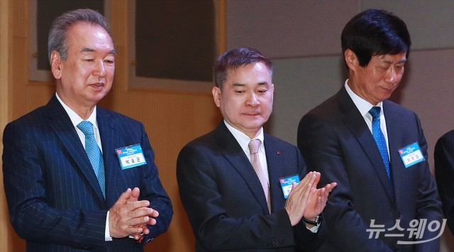 [NW포토]박수치는 하현회 LG유플러스 부회장
