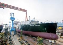 현대삼호중공업, 100번째 선박 육상 건조 성공