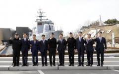 김광수 농협금융 회장, 명절 앞두고 '해군 2함대'에 위문품 전달
