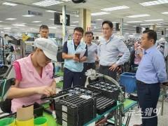 美 화웨이 제재에 삼성전자 반도체 긴장…이재용은 中 출장