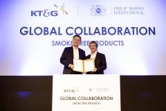 KT&G, 필립모리스와 글로벌 무대 '한 배'…오월동주 선택한 이유?