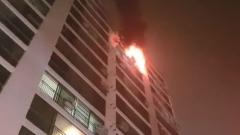 전주 한 아파트 13층서 화재…야밤에 주민 134명 대피