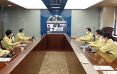 """조용병 신한금융 회장, """"원신한 관점에서 코로나19 지원책 마련"""""""