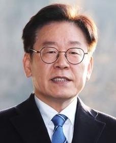 """모친상 이재명 경기도지사 """"씻을 수 없는 불효 저질러...위로에 감사"""""""