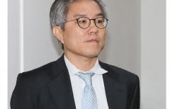 """최강욱  靑 공직기강비서관 사의 표명…""""대통령께 부담 없어야"""""""