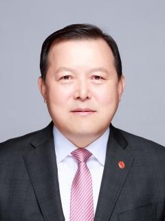 """황각규 롯데지주 부회장 """"국내외서 M&A 기회 모색"""""""