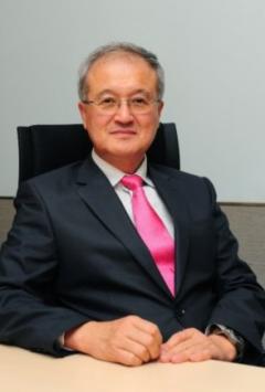 성기학 영원무역 회장, 작년 10억원 수령