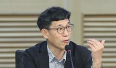 """진중권, 통합당 토론회에서 """"뇌가 없다"""" 발언 화제"""